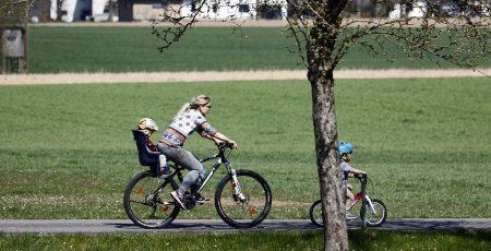 fahrrad fahren mit baby